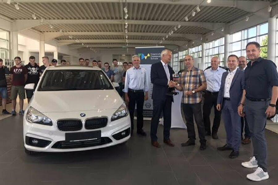 autohaus bilia übergibt neues schulungsfahrzeug – friedrich-dessauer
