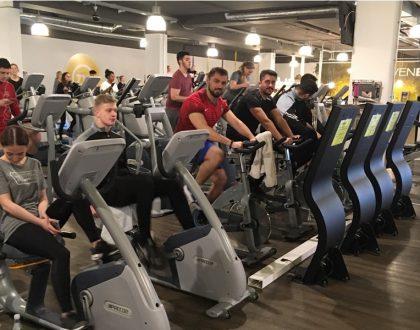 7.11 – Zwei zwölfte Klassen der Fachoberschule erkunden Limburger Fitnessstudio