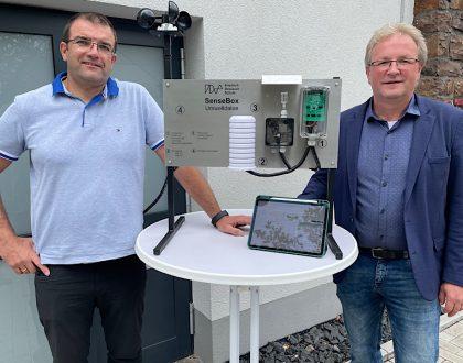 """Mobile Messstation """"senseBox"""" erfasst jetzt Umweltdaten an der FDS"""